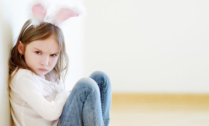 Eindelijk bewezen: kinderen zijn veel vervelender met mama in de buurt!
