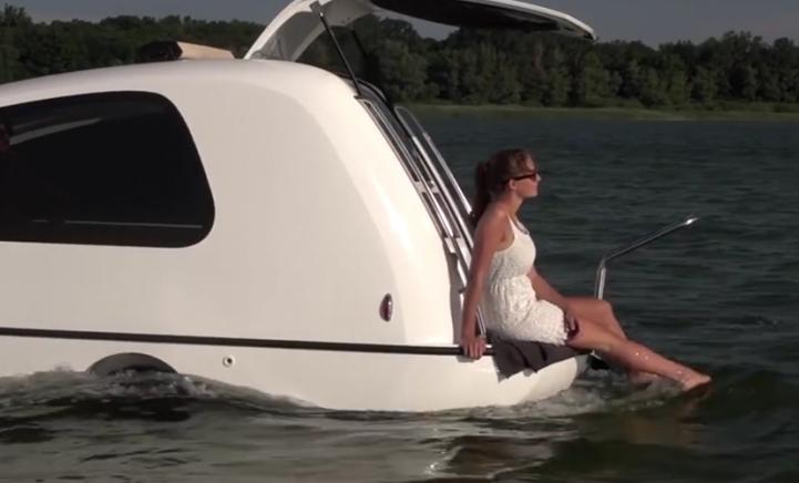 COOL: deze camper kun je ook als boot gebruiken!