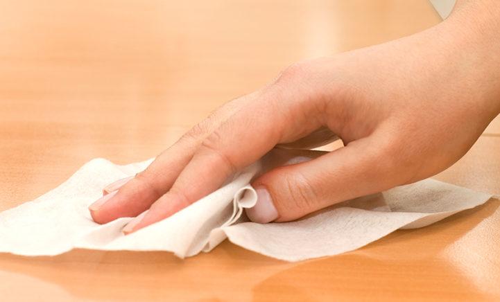 Dit moet je nooit meer doen met vochtige schoonmaakdoekjes