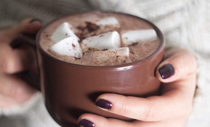 Afkoelen met deze hitte? Drink een warm drankje!