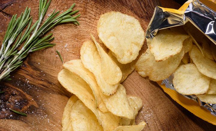 Dus daarom is je zak chips nooit helemaal gevuld!