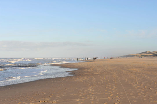 100%NL Magazine HBA win weekendje weg strand