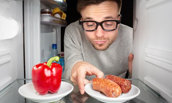 Rookworst-liefhebbers opgelet! Nu kan je ook vegetarisch smullen!