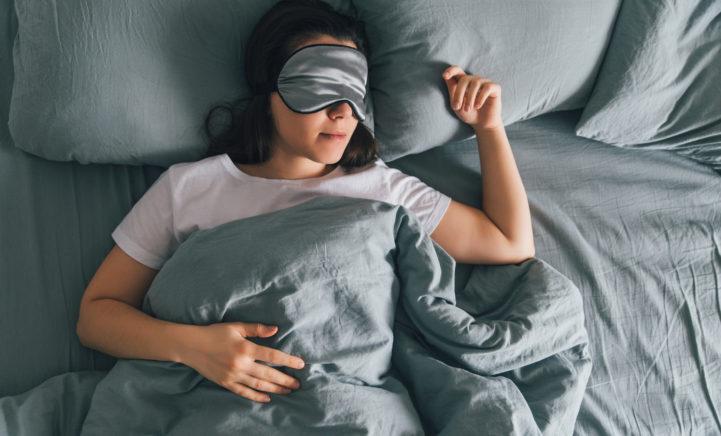 TIP: Draai de verwarming even wat zachter voor het slapen gaan!