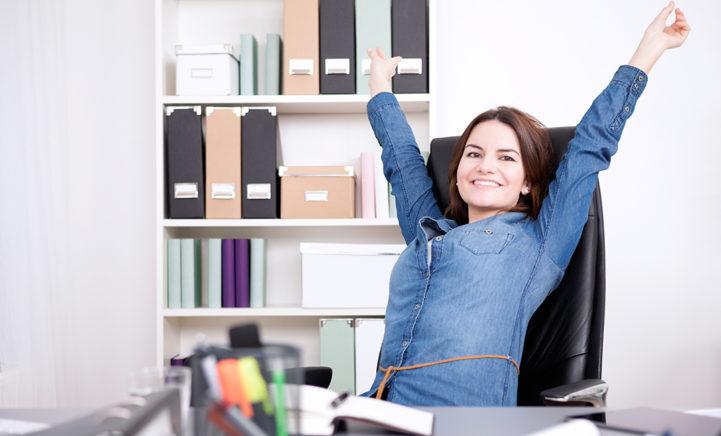 Zó houd je jezelf fit tijdens de kantoor-uren!