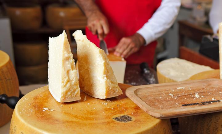 OH NEE: is er straks geen Parmezaanse kaas meer?