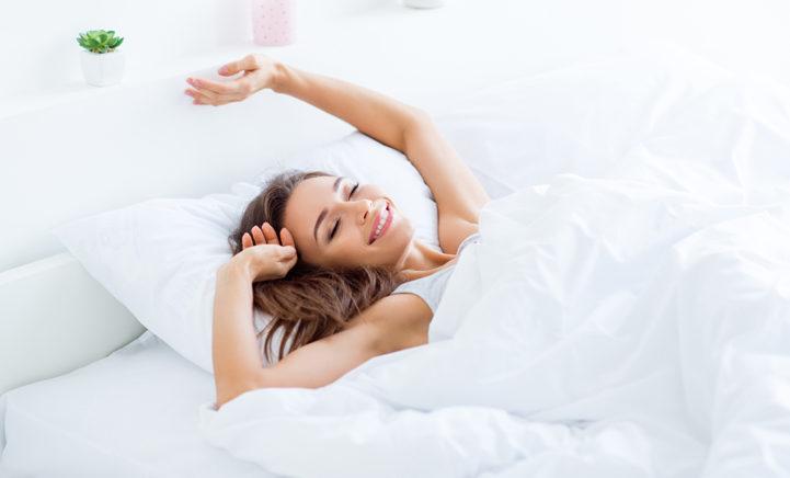 Vrouwen die in hun slaap praten hebben déze hele speciale eigenschap!