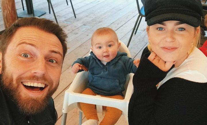 ZIEN: Zo schattig is het zoontje van Roxeanne Hazes!