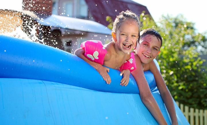 LET OP: dit is waarom je áltijd je zwembad(je) goed moet reinigen