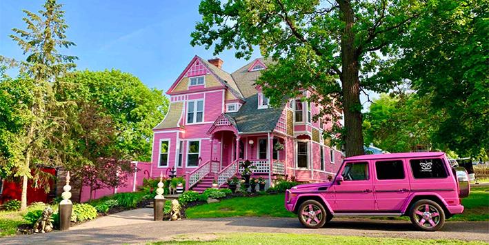 Het perfecte vriendinnenweekend: een roze villa!