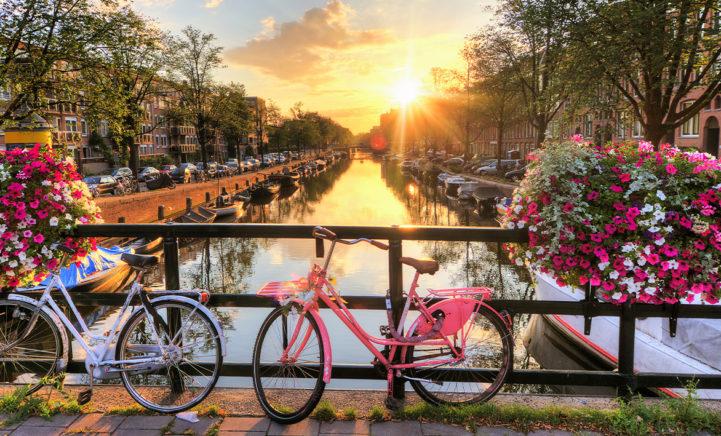 WOW: Je ontdekt nu Amsterdam vanaf €29 per persoon inclusief overnachting!