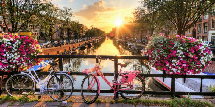 100%NL Magazine Amsterdam