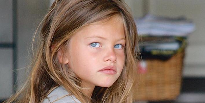 Zo ziet 'het mooiste meisje ter wereld' er na 9 jaar uit!