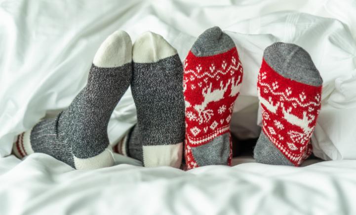 Is slapen met je sokken aan gevaarlijk?