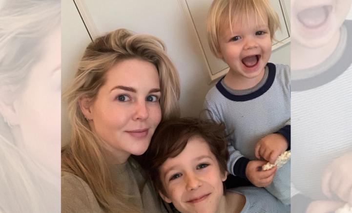 Chantal Janzen deelt dolgelukkige foto met zoontje op vakantiebestemming!