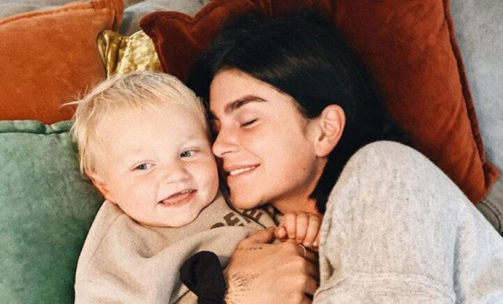 HOERA! Roxeanne Hazes viert verjaardag zoontje Fender