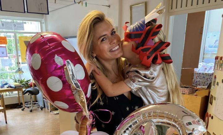 Nicolette van Dam emotioneel over afsluiten kleuterfase jongste dochter