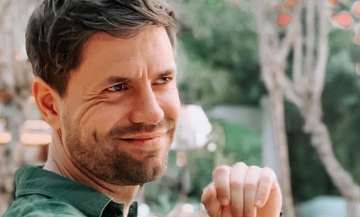 Simon Keizer herdenkt overleden vader met prachtige foto