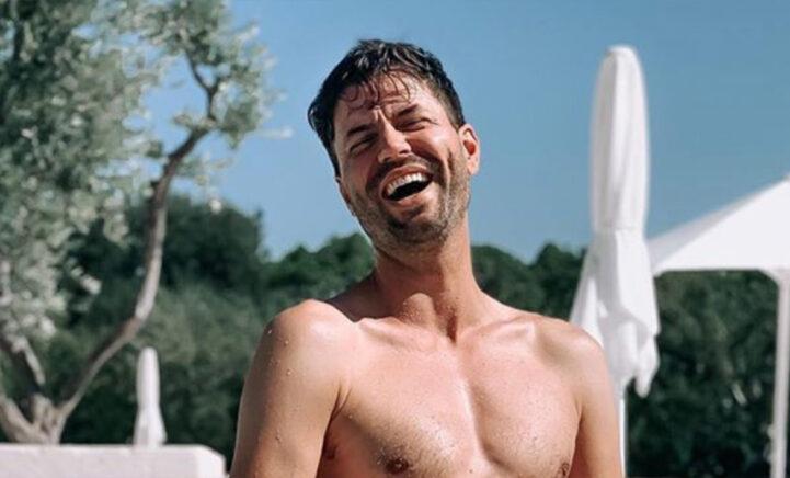 Simon Keizer brengt volgers het hoofd op hol met zwembadfoto's!