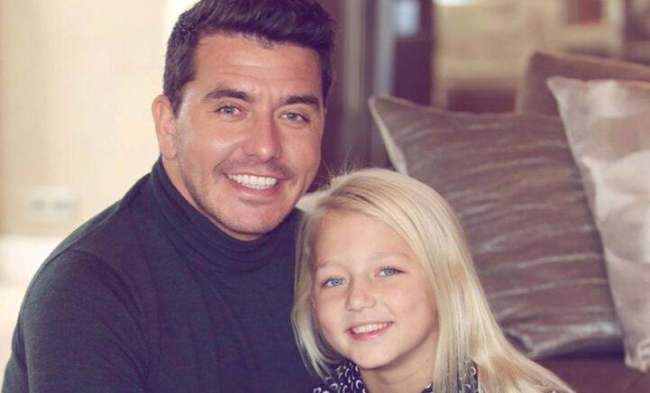 HOERA: Jan Smit viert 10e verjaardag van dochter Emma!