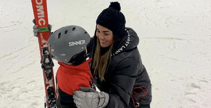 ZO CUTE: Kleine Dré Hazes voor het eerst op de ski's!