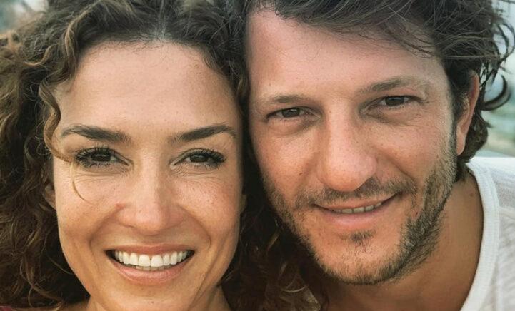 LIEFDE: Katja Schuurman deelt zoenende foto met grote liefde Freek
