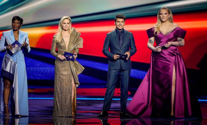 DAAR ZIJN ZE DAN: Dít zijn de finale outfits van Jan, Nikkie, Edsilia en Chantal!