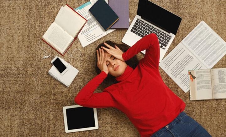 Help je zoon of dochter door de examenstress heen met déze handige tips!