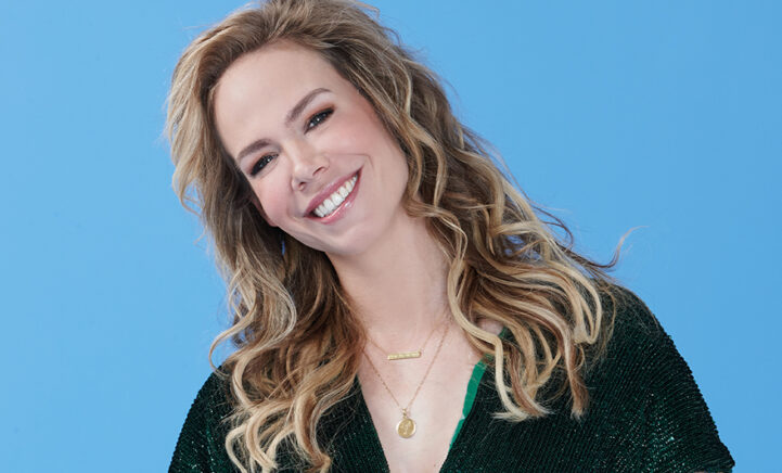 WOW: Nicolette Kluijver gaat voor een nieuwe look en zet de schaar erin!